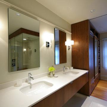 Steur Alverez bathroom