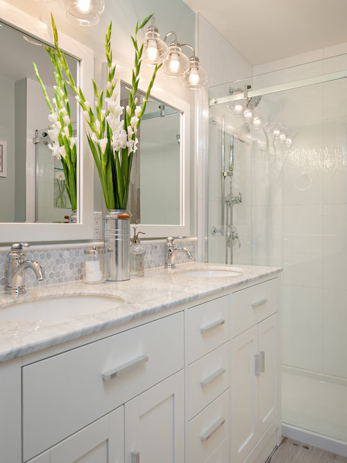 Small bathroom ideas designs remodel photos houzz for Small marble bathroom ideas