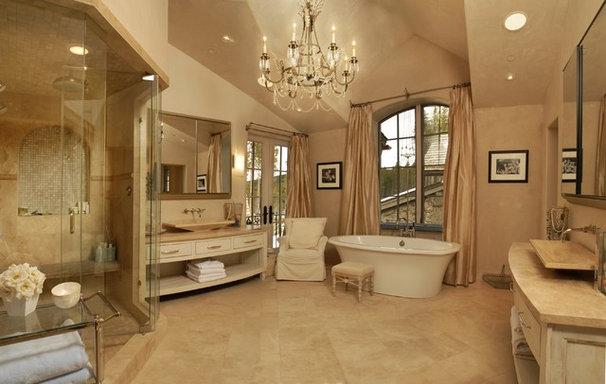Rustic Bathroom by Rockridge Building Company