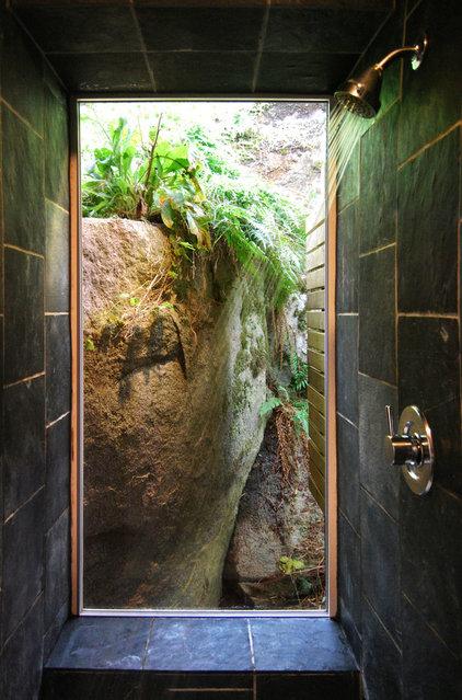 Modern Bathroom by Sandrin Leung Design Inc.