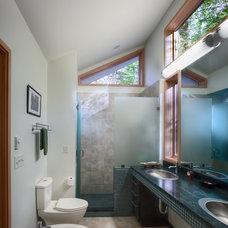 Contemporary Bathroom by Hays+Ewing Design Studio