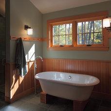 Contemporary Bathroom by Joan Heaton Architects