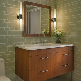 Inspiration for a contemporary bathroom in Portland with subway tile.