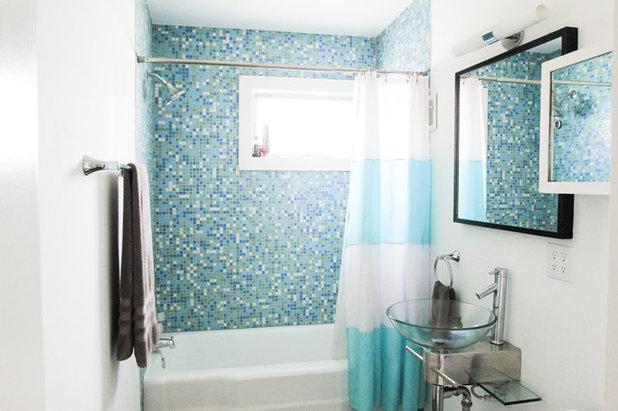 Fancy Midcentury Bathroom Studio