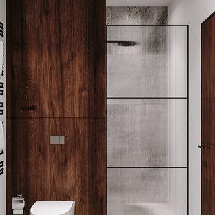 Salle de bain avec des carreaux de céramique Francfort ...