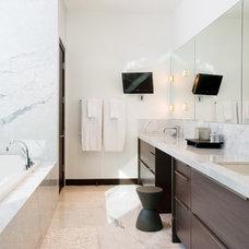 Modern Bathroom by Studio B Architecture + Interiors