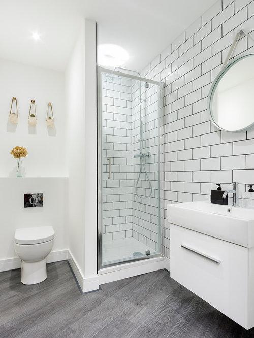 Skandinavische Badezimmer Mit Toilette Aufsatz