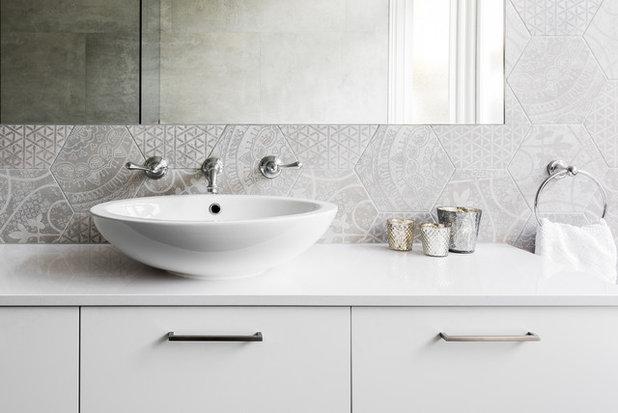 Contemporary Bathroom by eat.bathe.live