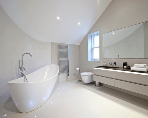 Best bathroom curved walls design ideas remodel pictures for Houzz bathrooms