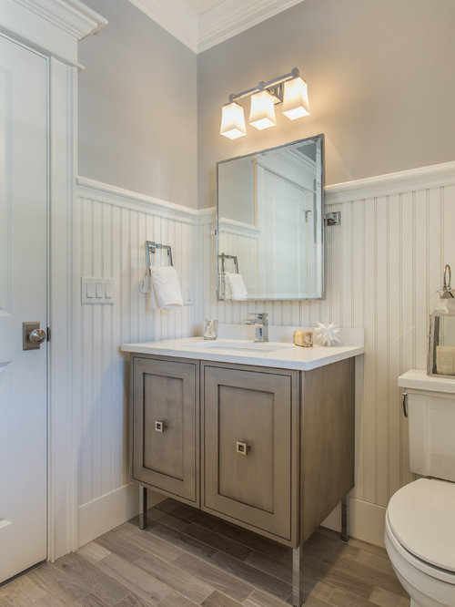29 Shabby Chic Style Bathroom With Light Hardwood Floors Design Ideas Remodel Pictures Houzz