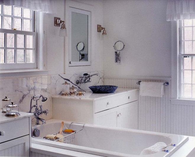 Traditional Bathroom by Leslie Saul & Associates