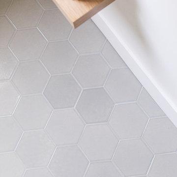 Sugar and Charm: Gray Hexagon Tile Bathroom Floor