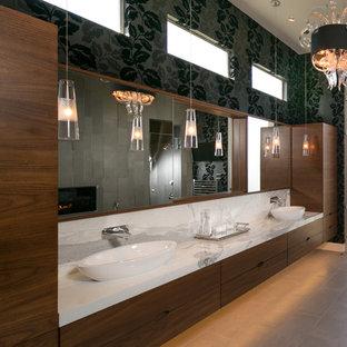 Modernes Badezimmer in Houston