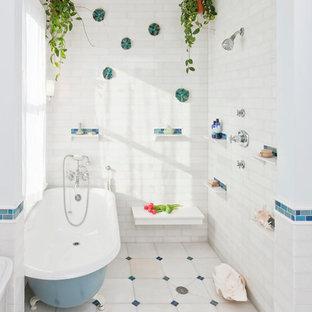 Bathroom - traditional bathroom idea in Chicago