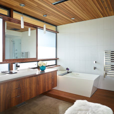 Contemporary Bathroom by Lane Williams Architects