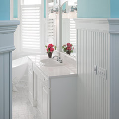 traditional bathroom by Visbeen Associates, Inc.