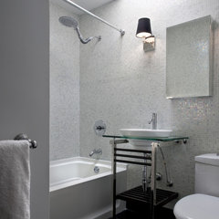 contemporary bathroom by Supon Phornirunlit / Naked Decor