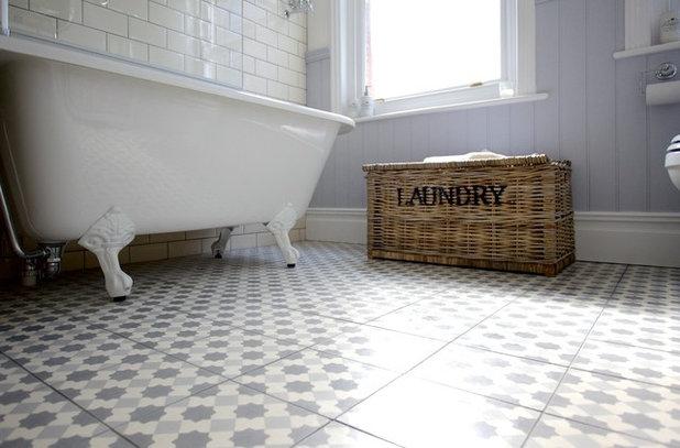 Klassisk Badrum by The Brighton Bathroom Company