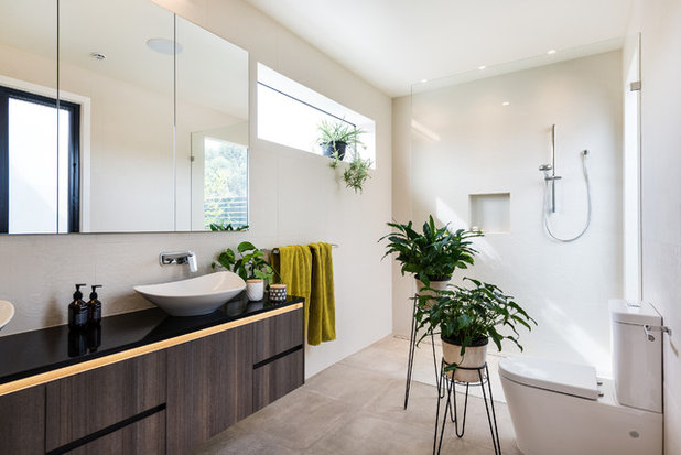 Modern Bathroom by White Pebble Interiors