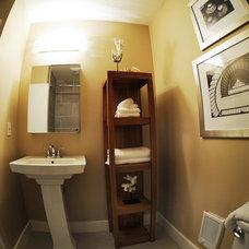 Contemporary Bathroom by Mosca Photo
