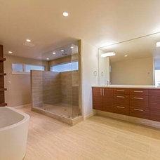Midcentury Bathroom by H. Hudson Homes