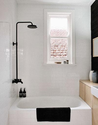 Scandinavian Bathroom by MR.FRÄG