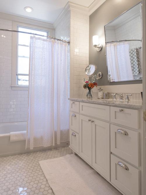 Small Traditional Bathroom Design Ideas Remodels Photos
