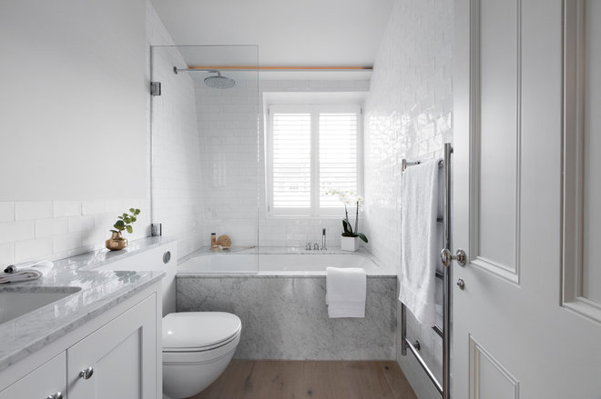 Scandinavian Bathroom by Stone Productions Contracts (SPC Ltd)
