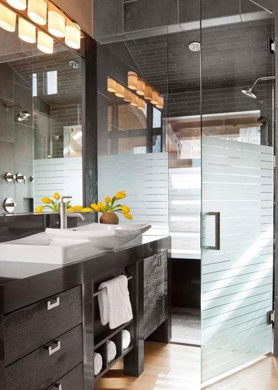 Contemporaneo Stanza da Bagno by Sisson Lea Architects