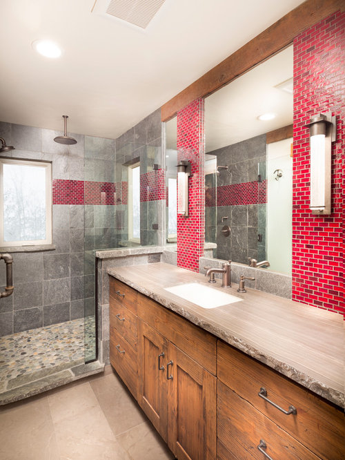 salle de bain montagne avec un carrelage rouge photos et id es d co de salles de bain. Black Bedroom Furniture Sets. Home Design Ideas