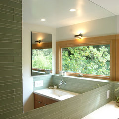 modern bathroom by yamamar design