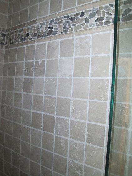 Bathroom Tara