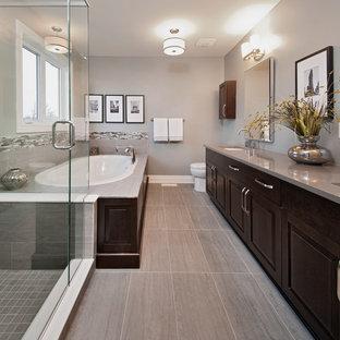 Trendy bathroom photo in Ottawa