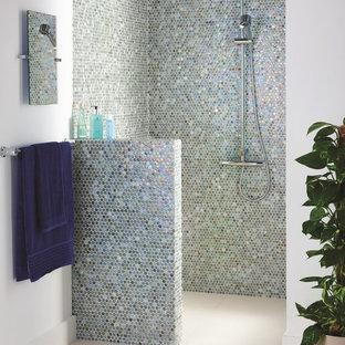 Elegant Modernes Badezimmer In Devon