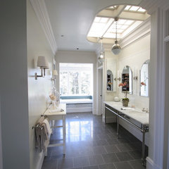 traditional powder room by Taylor Lombardo Architects