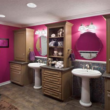 Contemporary Bathroom by Cindy Aplanalp-Yates & Chairma Design Group