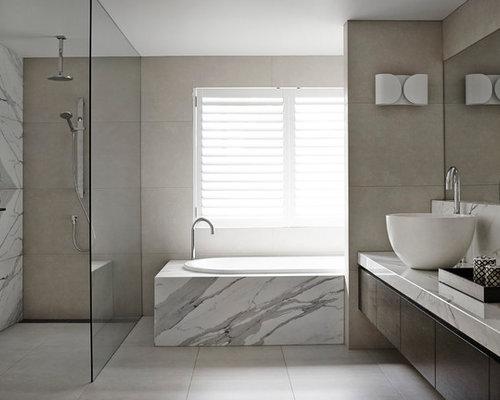 bagno moderno con piastrelle di marmo - foto, idee, arredamento - Esempi Di Bagni Moderni