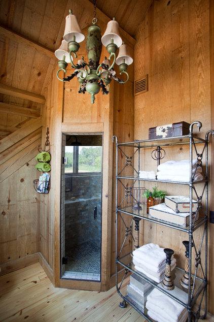 Farmhouse Bathroom by Sand Creek Post & Beam