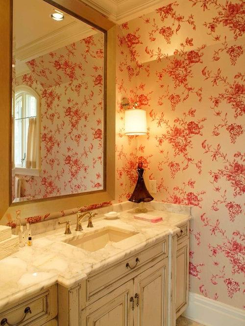 shabby chic style badezimmer mit profilierten schrankfronten ideen design bilder houzz. Black Bedroom Furniture Sets. Home Design Ideas