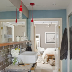 modern bathroom by Envi Interior Design Studio