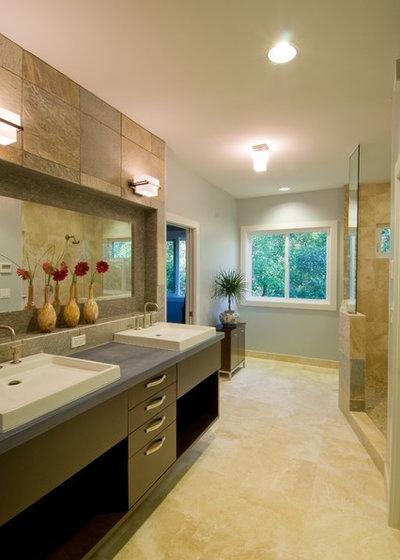 Great Contemporary Bathroom by Archipelago Hawaii Luxury Home Designs