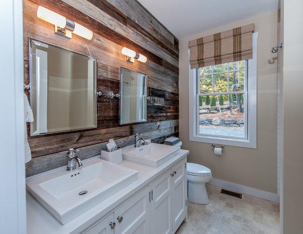 Farmhouse Bathroom by Yankee Barn Homes