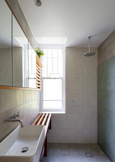Contemporary Bathroom by Adriano Pupilli Architects