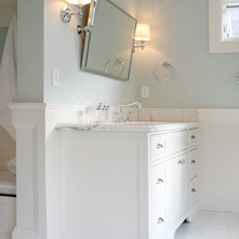 Traditional Bathroom by Cyndi Parker Interiors