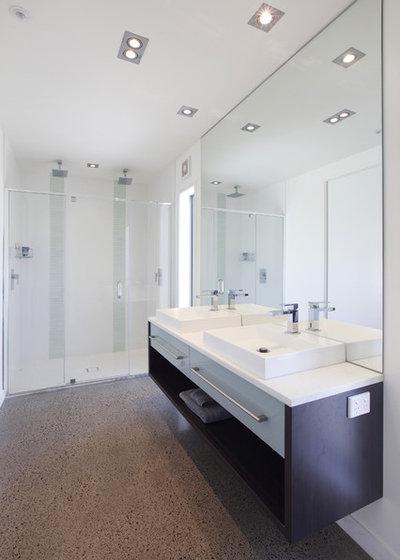 Sustituir la bañera por un plato de ducha