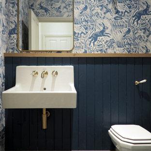 Traditional bathroom in London.