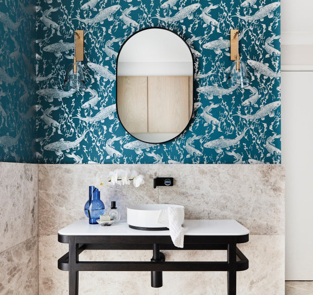 Современный Ванная комната by Catherine de Meur Interiors