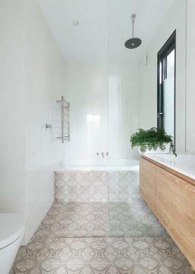 Contemporary Bathroom by Emma Holmes Design