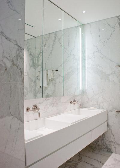 Fotogalleria 28 idee per illuminare il bagno come un - Lampadario da bagno ...