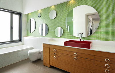 Bathed in Color: When to Use Green in the Bath